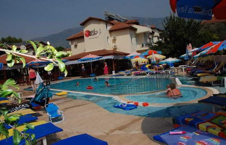 Tolay Hotel - Pool - 2