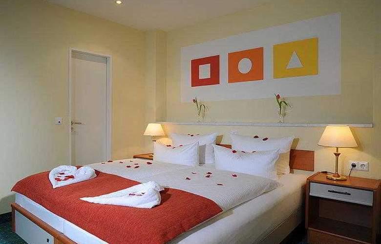 Best Western Hotel Der Lindenhof - Hotel - 4