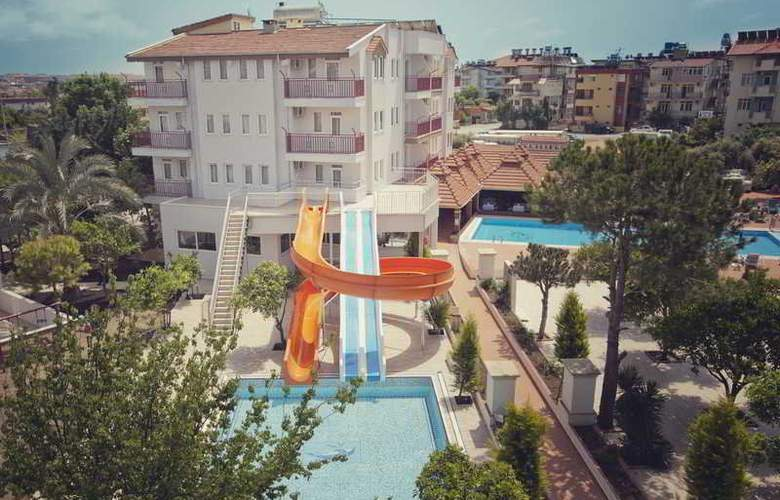 Cats Garden Studio & Apartments - Hotel - 11
