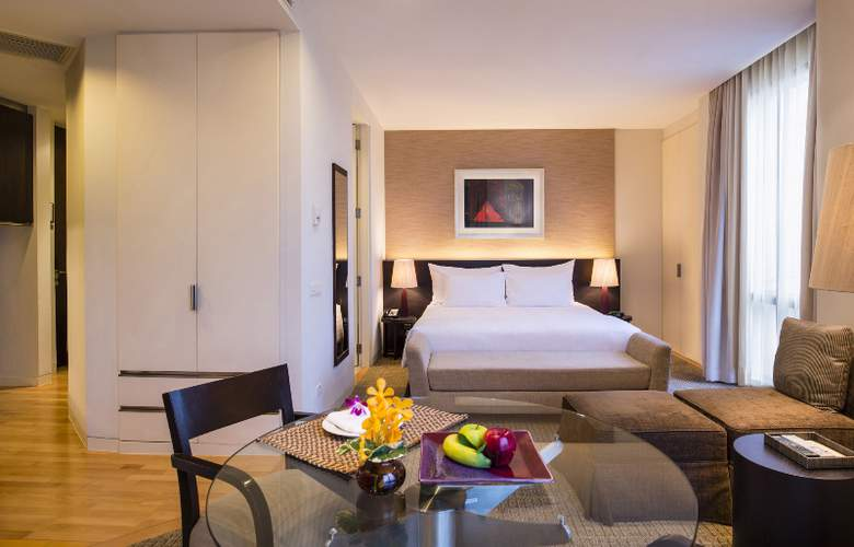 Emporium Suites - Room - 6