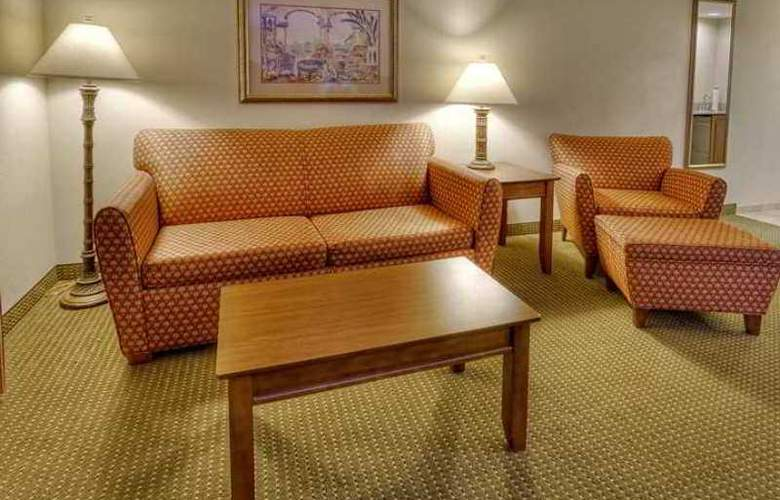 Hampton Inn & Suites Stuart-North - Hotel - 3
