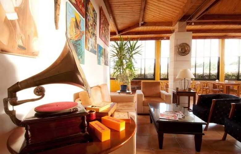 Luzmar Villas - Hotel - 13