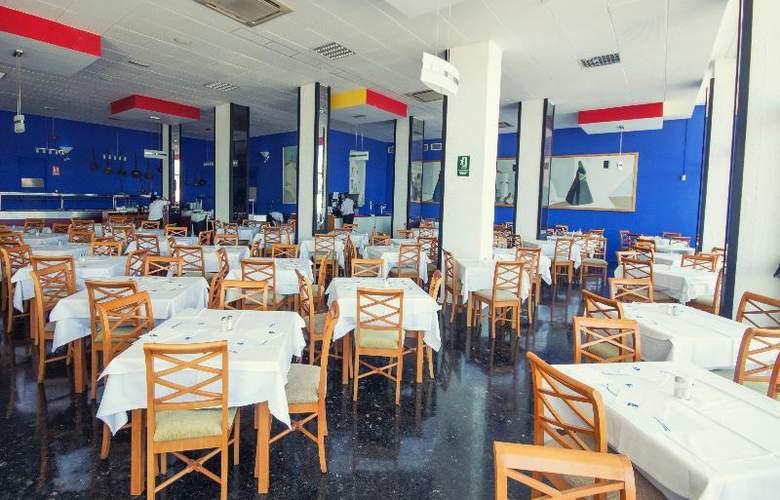 AzuLine H. Mar Amantis I & II - Restaurant - 22