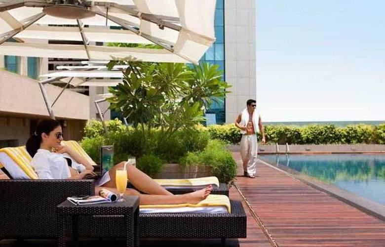 Courtyard By Marriott Mumbai - Pool - 12