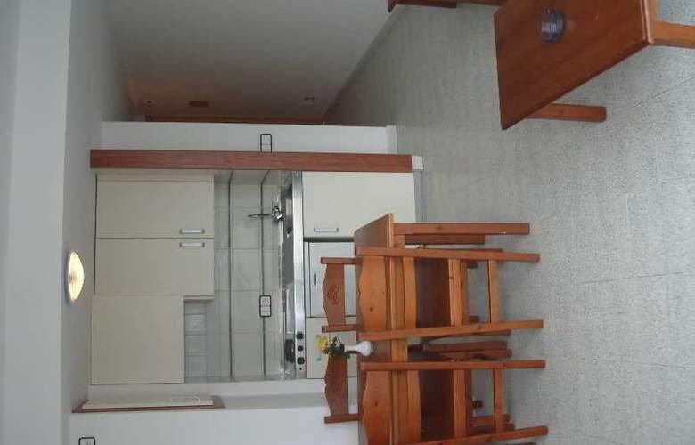 Magalluf Strip - Room - 13