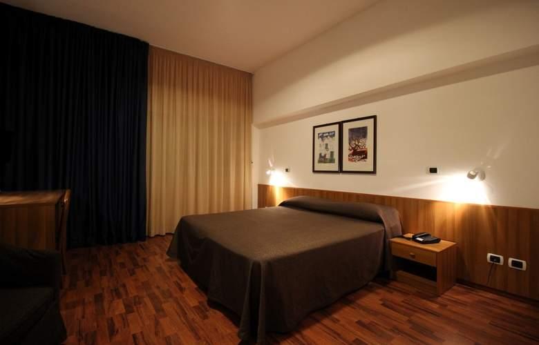 Majesty - Room - 1