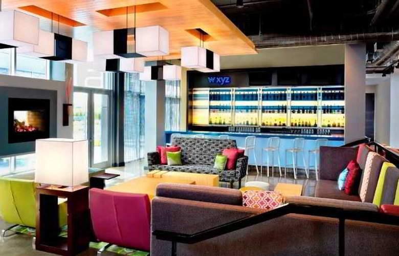 Aloft Vaughan Mills - Bar - 3