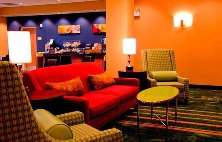 Fairfield Inn & Suites Holiday Tarpon Springs - Hotel - 9
