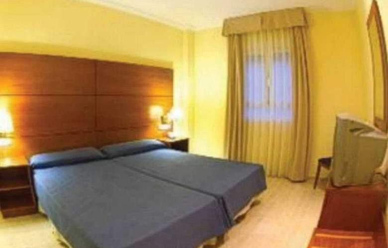 Eliana Park - Room - 7