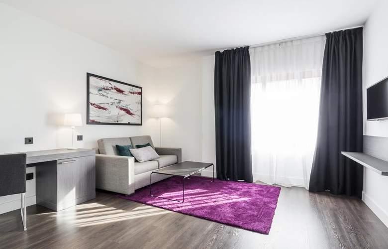 Ilunion Suites Madrid - Room - 10