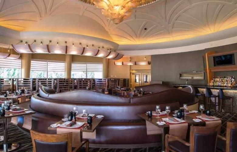 Memories Grand Bahama Beach & Casino Resort - Restaurant - 24