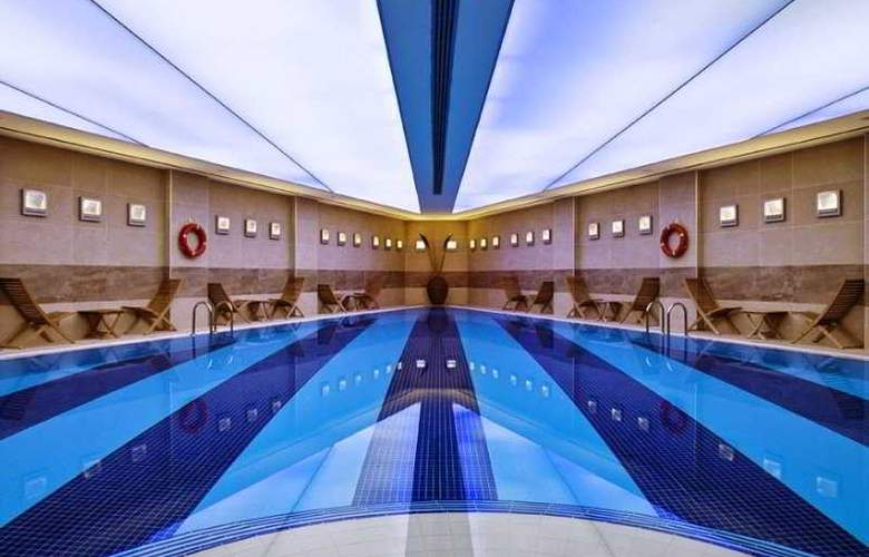 Point Hotel Taksim - Pool - 2
