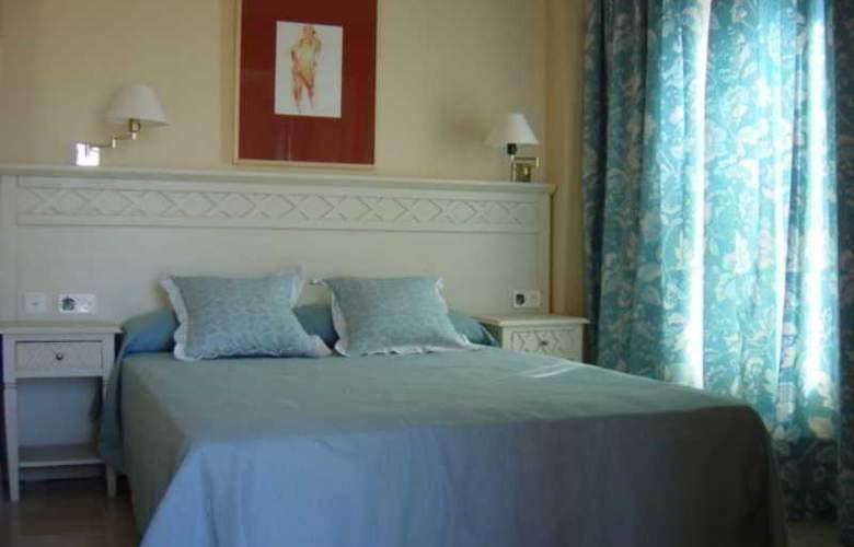 Aparthotel Ilunion Sancti Petri - Room - 9