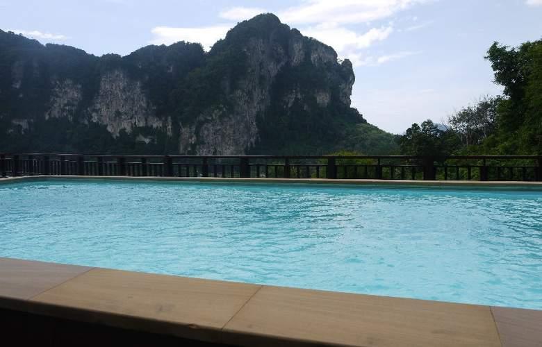 Krabi Cha-Da Resort - Pool - 11