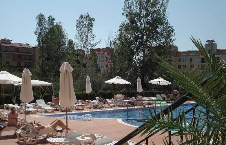 Happy Sunny Beach - Pool - 3