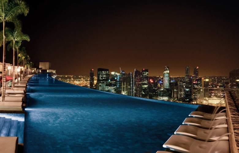 Marina Bay Sands - Pool - 9
