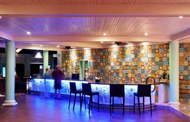 VH Gran Ventana Beach Resort All Inclusive - Bar - 15