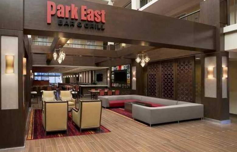 Embassy Suites Cleveland - Beachwood - Hotel - 5