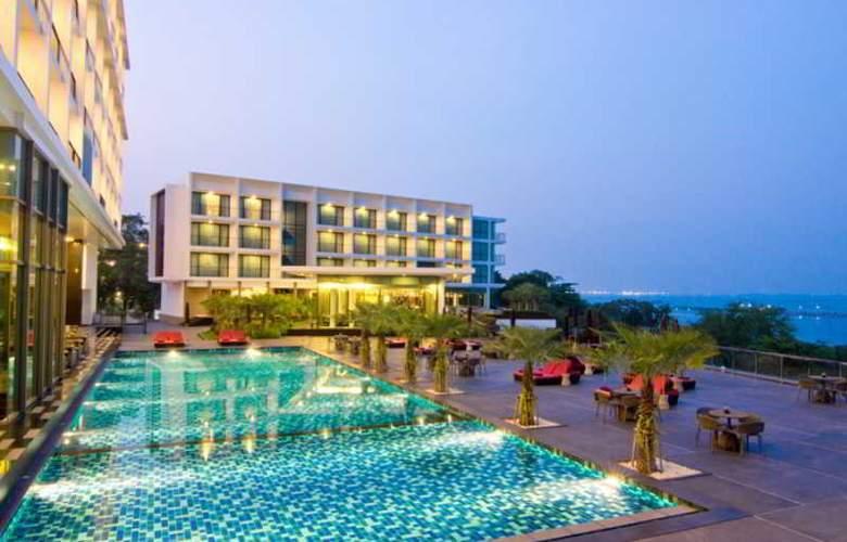 Way Hotel Pattaya - Pool - 7