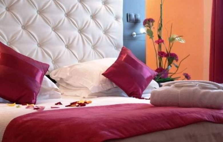 New Hotel de la Baume - Room - 9