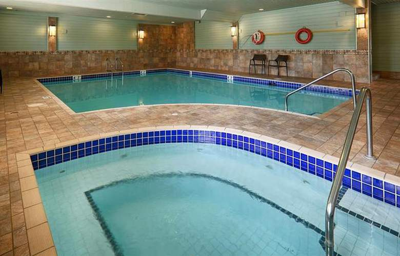 Best Western Langley Inn - Pool - 51