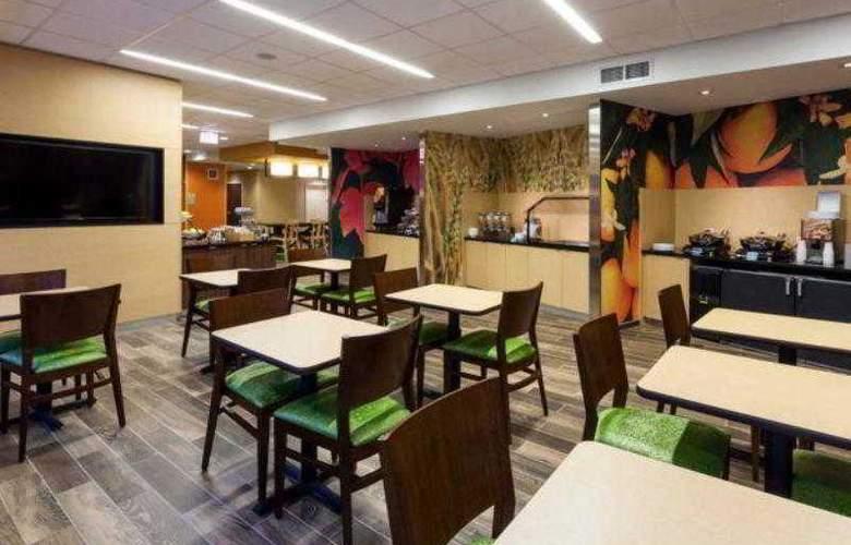 Fairfield Inn & Suites Chicago Downtown - Hotel - 11