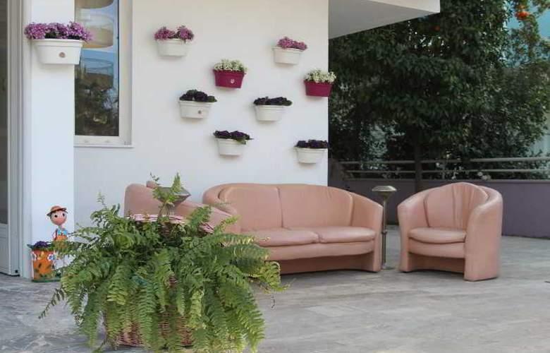 Villa Granada - Terrace - 4