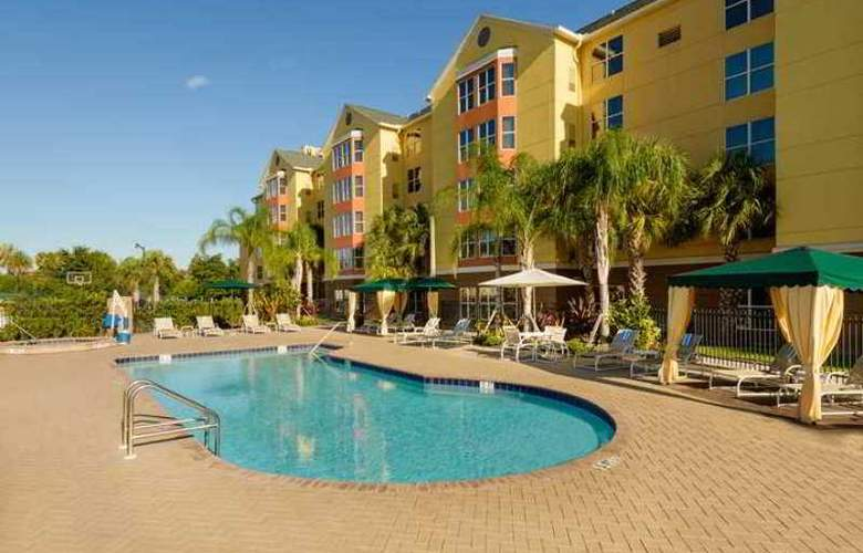 Homewood Suites Universal Orlando - Pool - 12