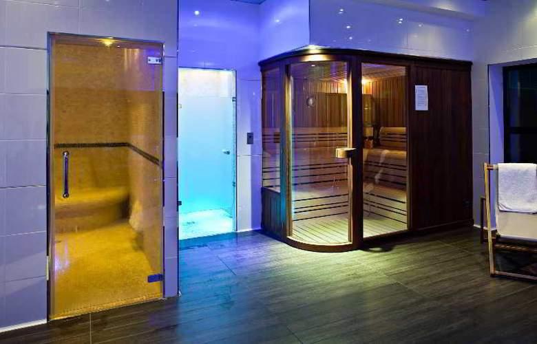 Best western Golf Hotel De Valescure - Sport - 23