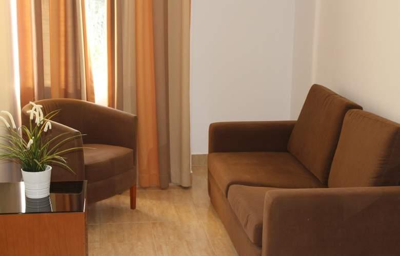Pinhal Do Sol - Room - 8