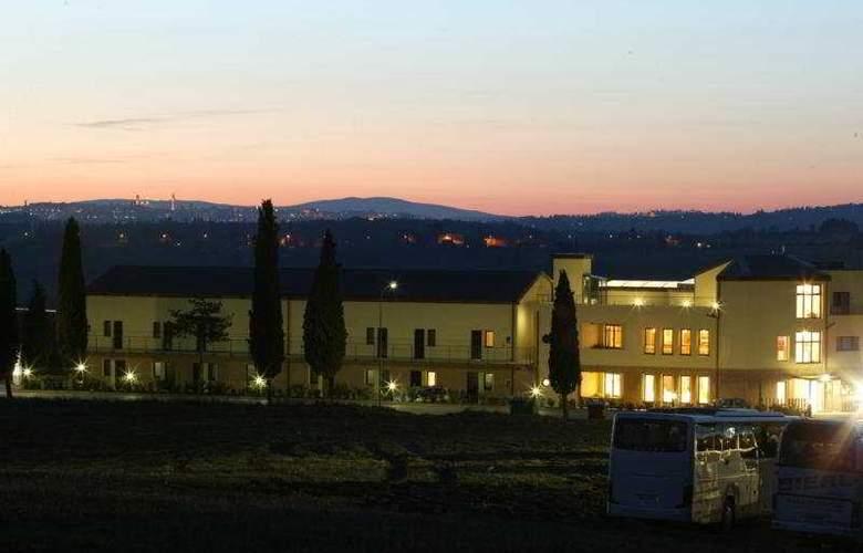 Montaperti - Hotel - 0