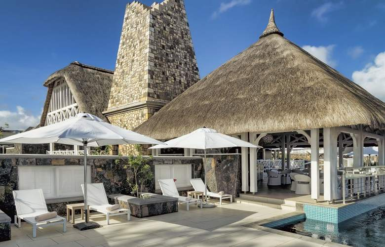 Radisson Blu Azuri Resort & Spa Mauritius - Terrace - 6