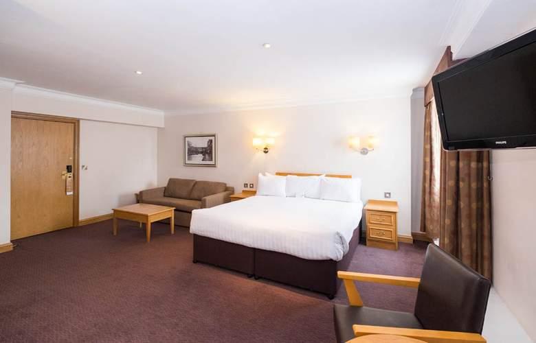 The Royal Angus - Room - 2