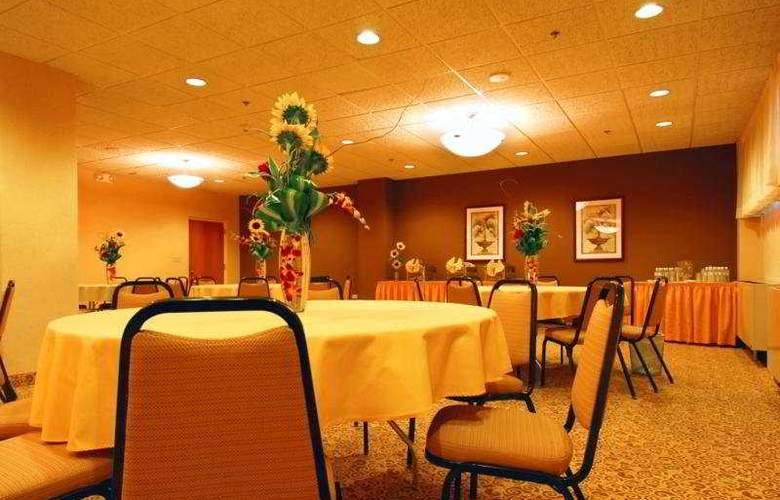 Best Western San Juan Airport Hotel - Restaurant - 5