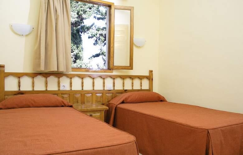 Marivista - Room - 8