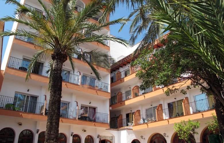 Coma-Ruga Platja - Hotel - 0