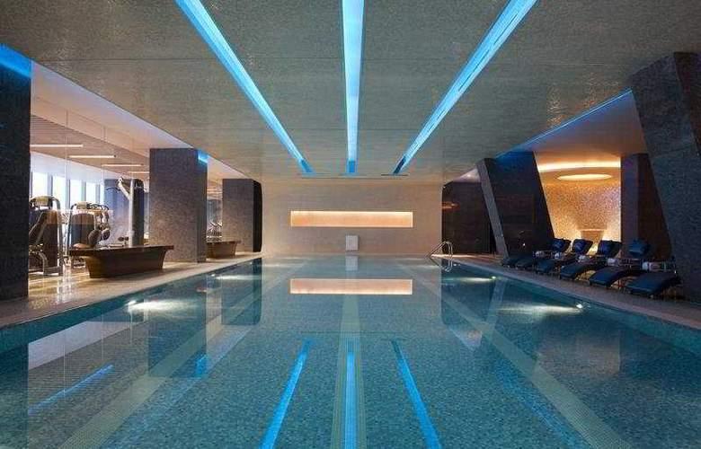 JW Marriott - Pool - 3