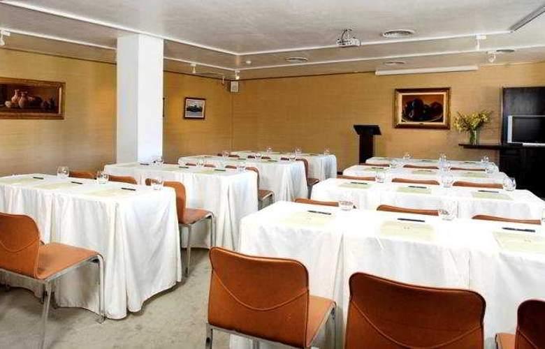 El Casco Art Hotel - Conference - 9