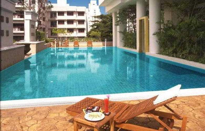 Centre Point Wireless Road Hotel & Residence - Pool - 7