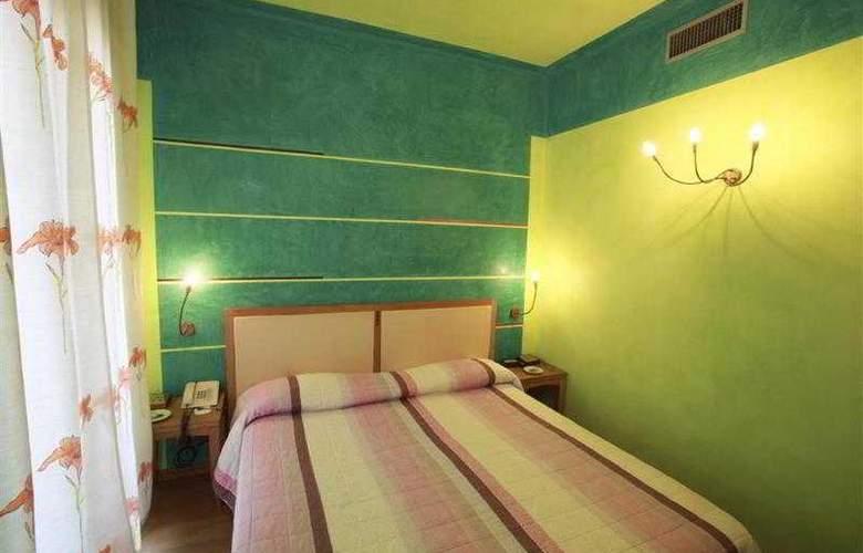 Best Western Firenze - Hotel - 35