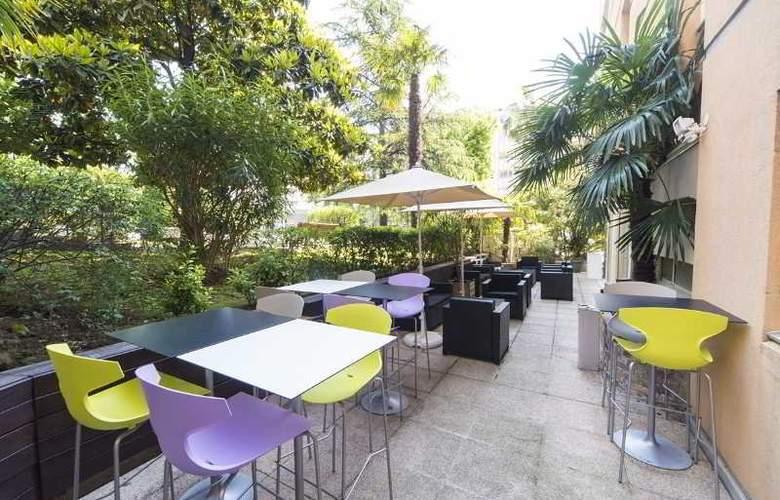 Ibis Styles Cannes Le Cannet - Terrace - 8
