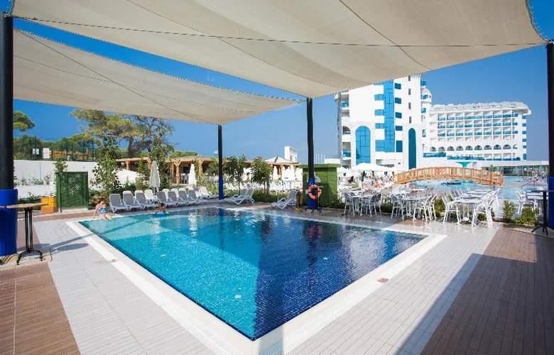 Water Side Delux Resort - Pool - 52