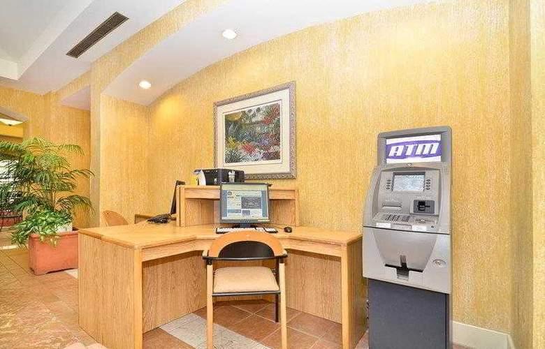 Best Western Plus Palm Desert Resort - Hotel - 3