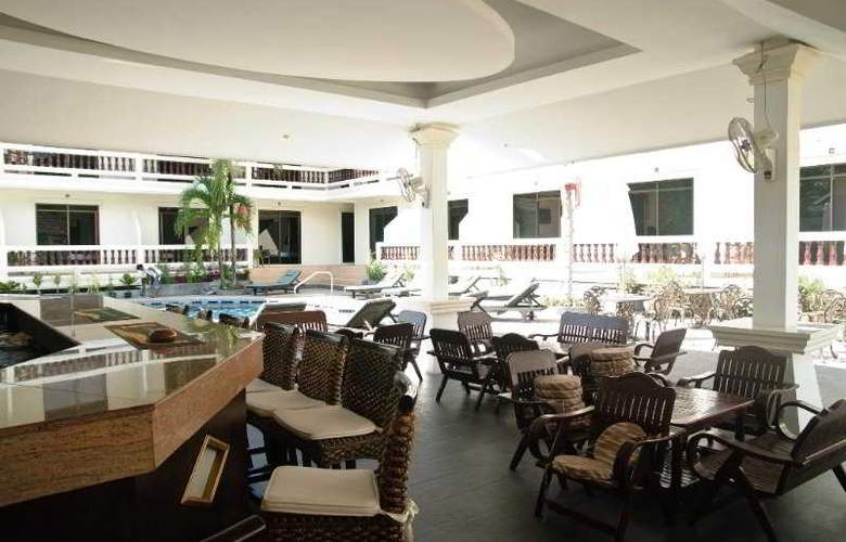 Tropical Palm Resort And Spa - Restaurant - 13