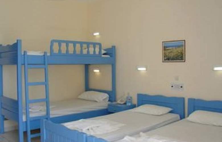 Gemini Hotel - Room - 2