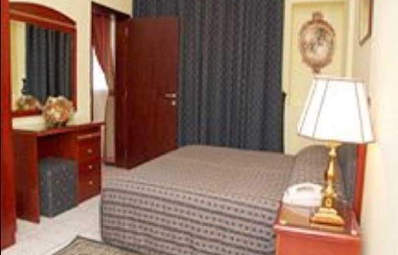 Al Sharq Sharjah - Room - 3