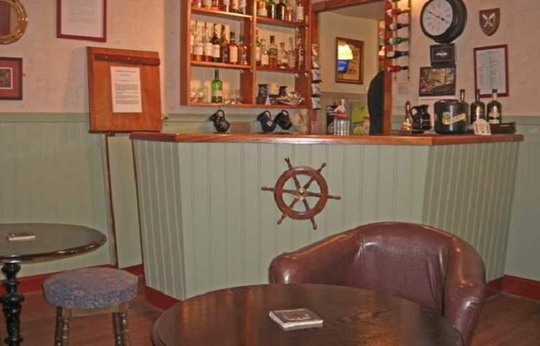 Ferry Inn Isle of Skye - Bar - 5