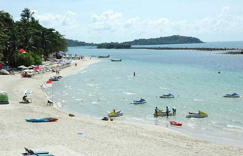 Al's Resort - Beach - 3