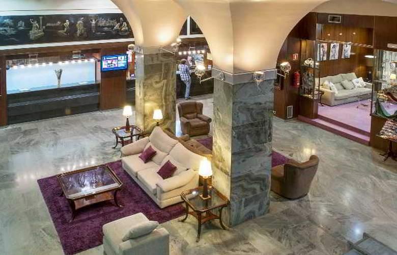 Apartamentos Bahia de Vigo - Hotel - 4