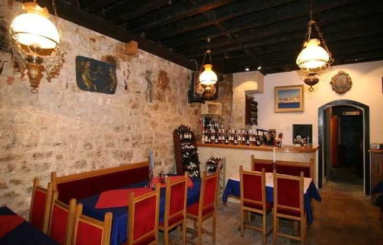 Tragos - Restaurant - 9